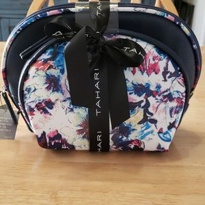 Tahari Make Up Bag w/ Travel Necessities